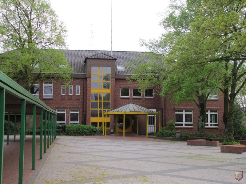 Vereinshaus, Laurentiusschule