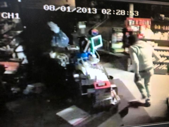 Screenshot vom Überwachungsvideo des Lembecker Einbruchs