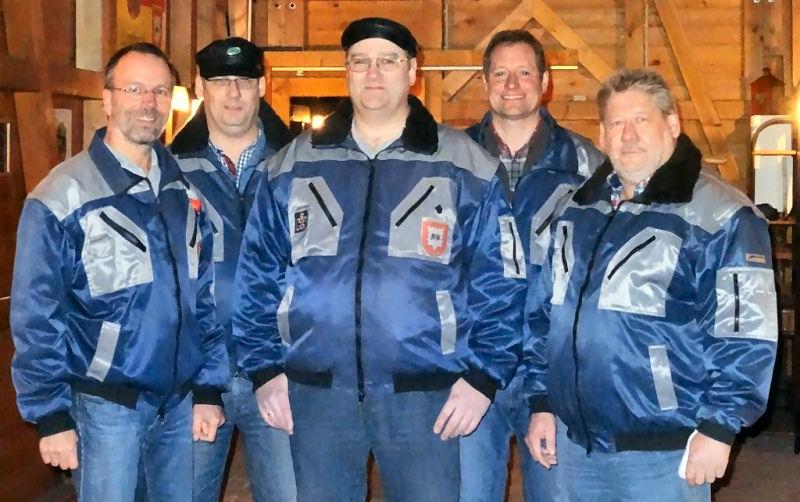 Der Vorstand von links nach rechts: Bernhard Micheel (Kassierer), Wolfgang Kruse (stellvertretender Vorsitzender), Thomas Weßeling (Vorsitzender), Norbert Schenke (Schriftführer), Erich Stollbrink (stellvertretender Kassierer)