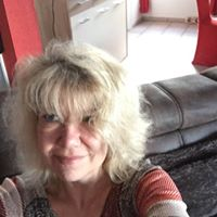 Profilbild von Moni